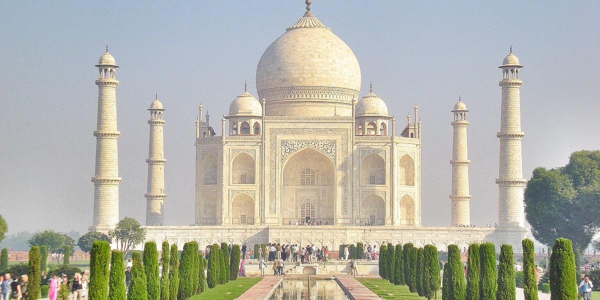 Taj-Mahal-002