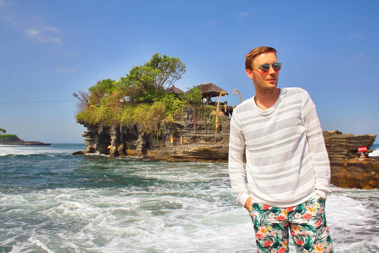 Outfit-Tanah-Lot-Bali-4